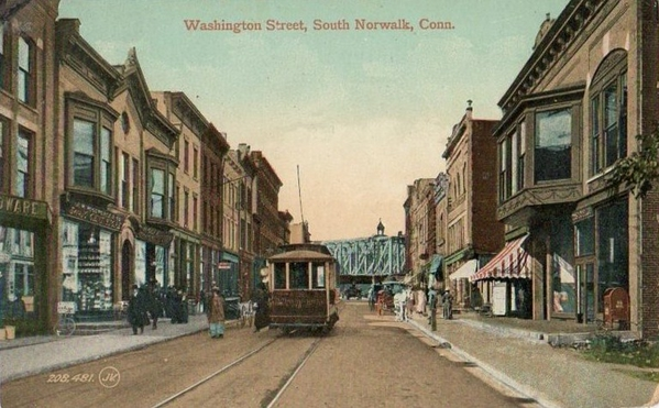 PostcardNorwalkCTWashingtonStWithTrolleyCirca1910