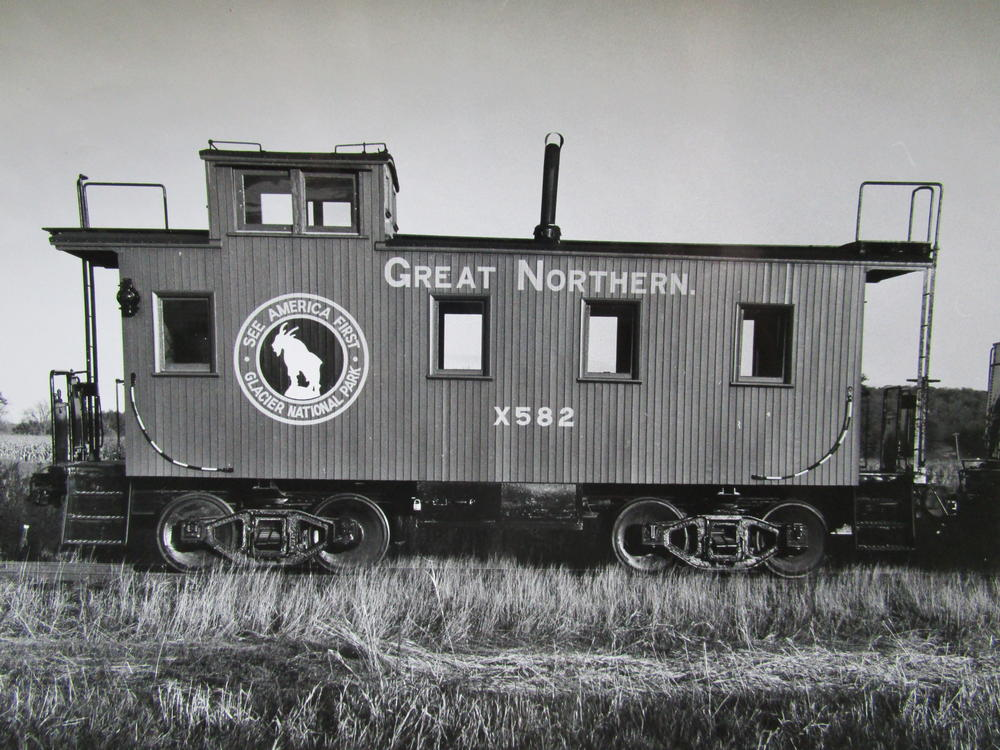 Great Norther Wood Sided Caboose | O Gauge Railroading On