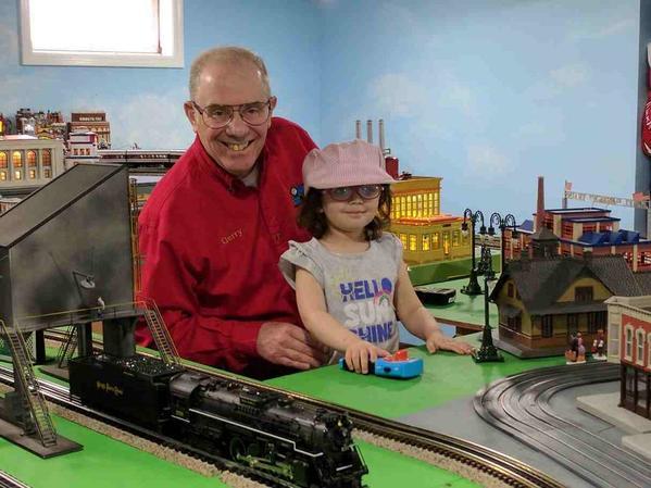 Becca & Gerry train room 2017-04-14