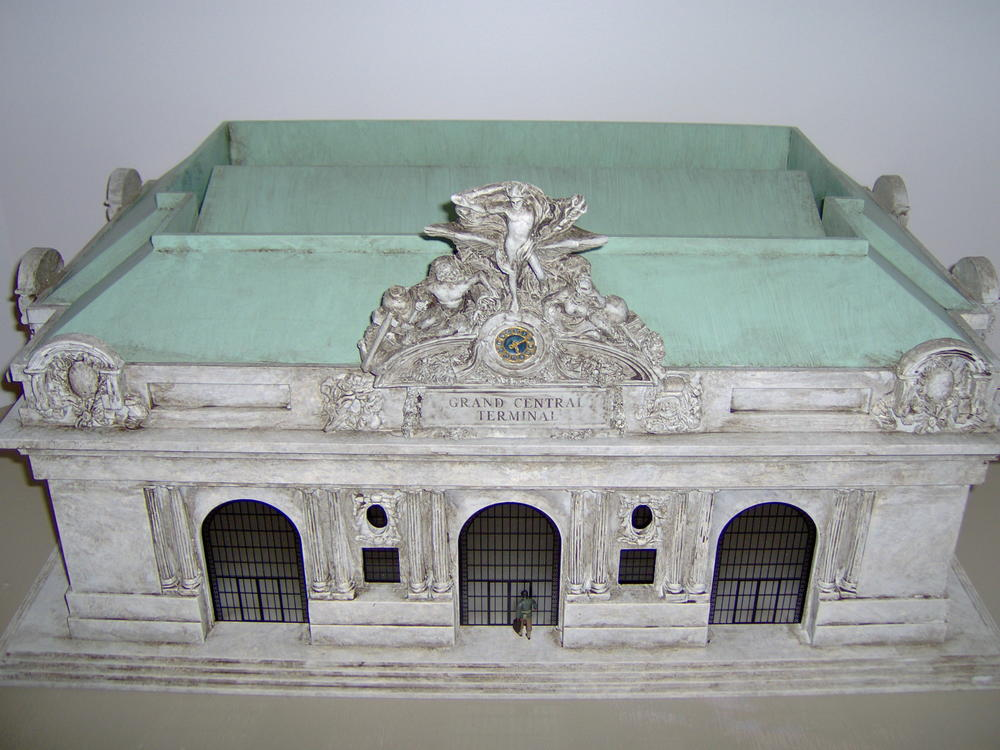 lionel u0026 39 s grand central terminal  the large one  for sale