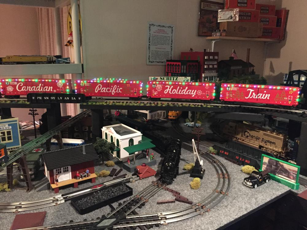 New Mth Cp Holiday Train O Gauge Railroading On Line Forum