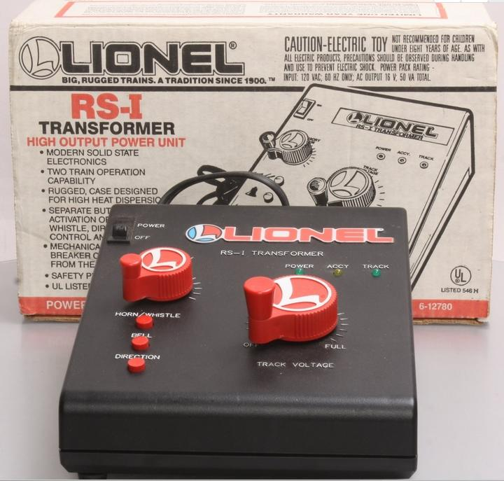 A.C Lionel Type 4850 Trainmaster  Transformer ~60HZ Secondary Voltage 7-19 T-2