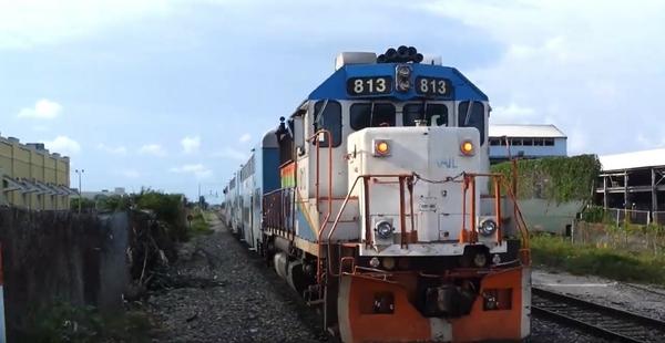 Tri-Rail GP #813 - Hialeah Market [6.15.14)