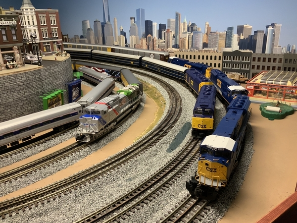 CSX auto, CSX Executive, UP 1943 trains