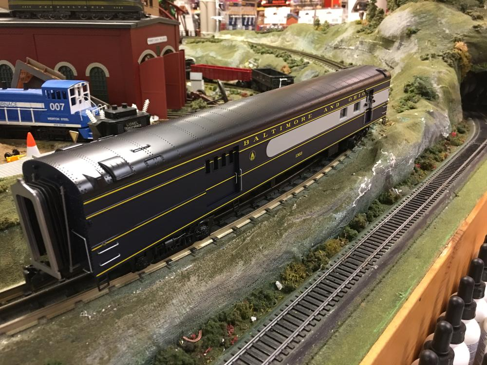 mth 20 61034 baltimore and ohio o scale premier 70 streamlined rpo passenger car smooth side. Black Bedroom Furniture Sets. Home Design Ideas