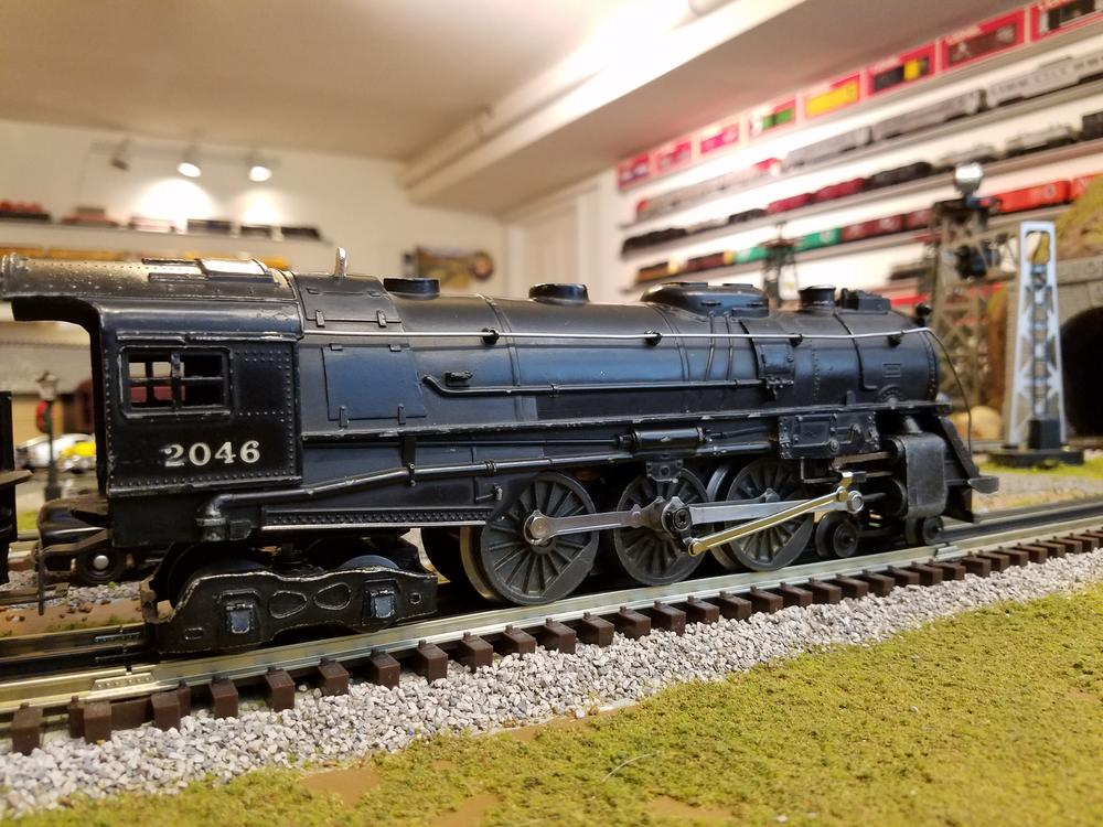 Hail To The Lionel PW 2046 Engine