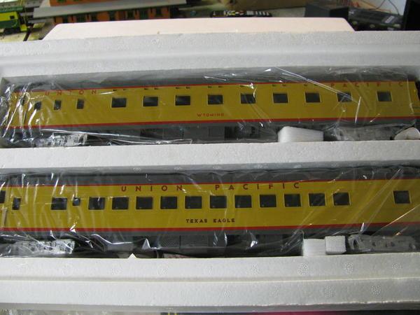 UP-2carSet-20-6638