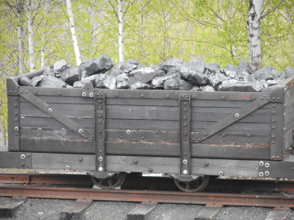 Mine Car Coal Load 4 25 2019 010