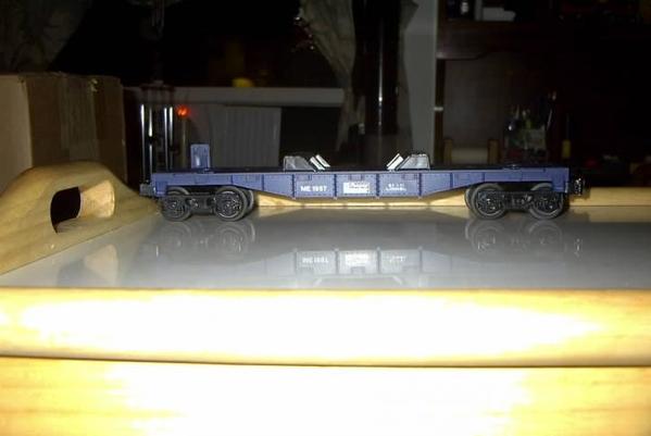 Lionel Mopar Express Flatcar