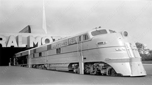 GM E4a-b Unit - 1939 World's Fair4