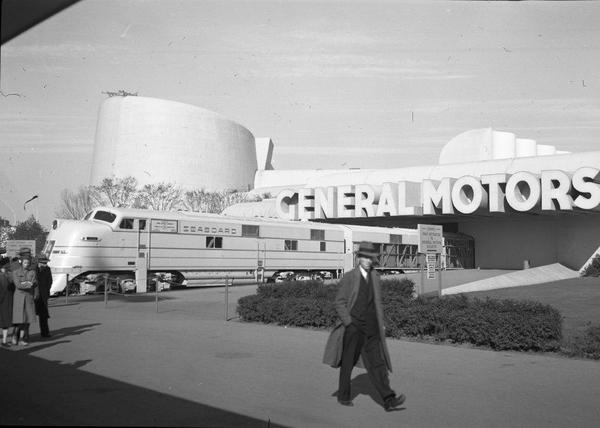 GM E4a-b Unit - 1939 World's Fair5