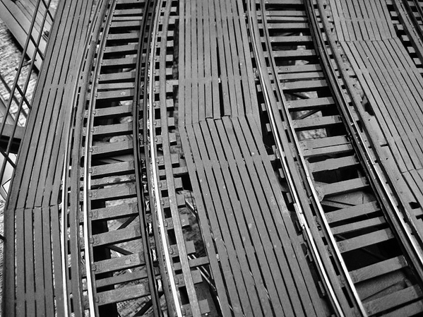 curved-local-and-express-track_5452264699_o - Copy
