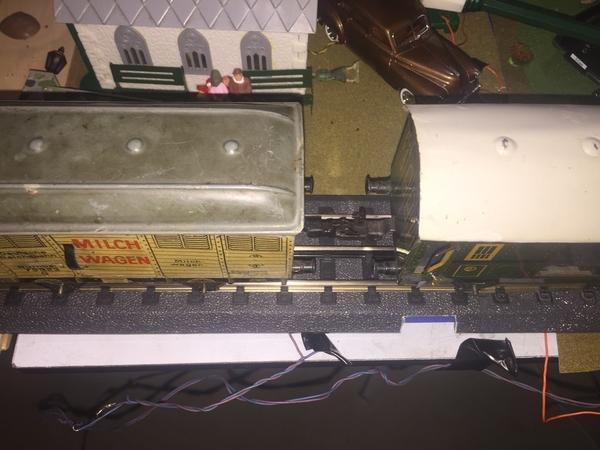 9412E261-F45D-4B19-BA52-3252293512A3
