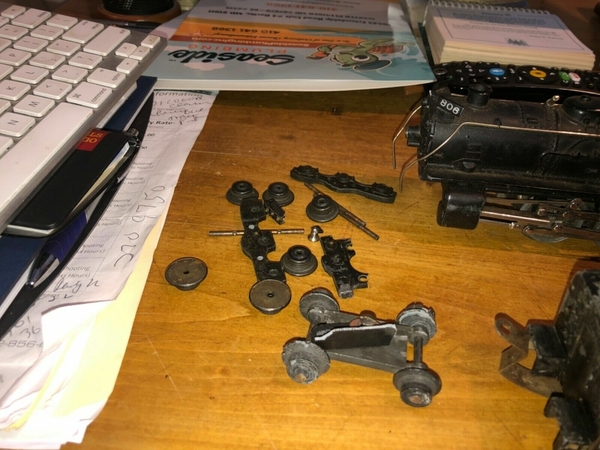 806 parts
