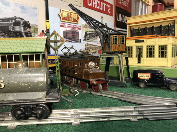 Marklin loco and Bing 10-638 crane