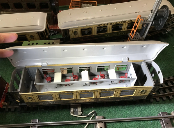 Bing O gauge Pullmans 2