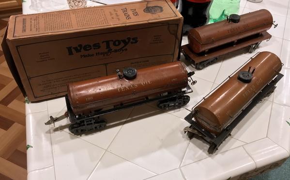 Ives 190 tank cars