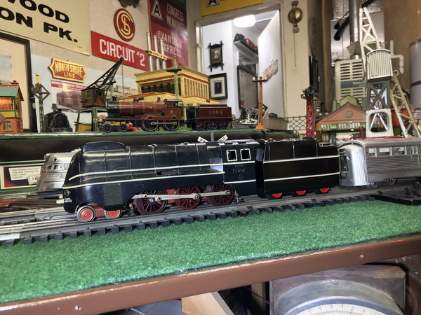 Zeuke FD150 streamline loco