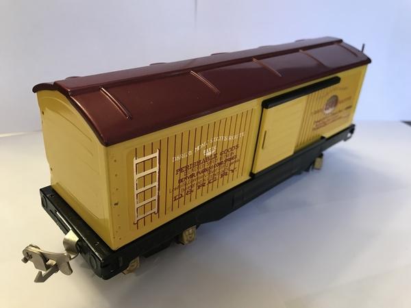 100B55E7-F455-4776-A9BC-4EFB1E878BFA