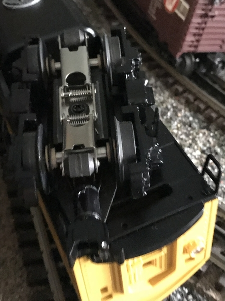 B5071B4D-80C3-49E0-BFCF-84B085C1E739