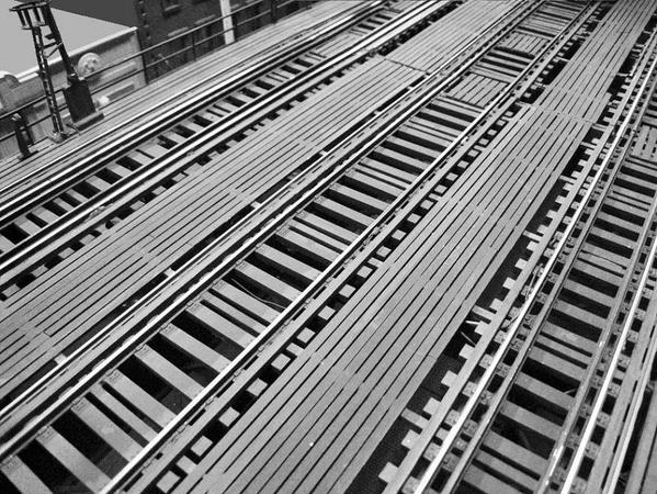 3-track-el-mainline-details_5449782856_o