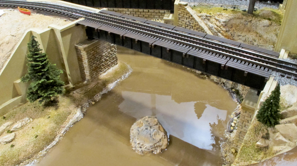 Woodland scenics deep pour water | O Gauge Railroading On