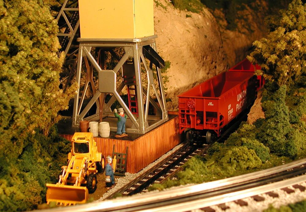Coal mine lionel 97 coal elevator show your pix! o gauge railroading on lionel 164 log loader wiring diagram at nearapp.co