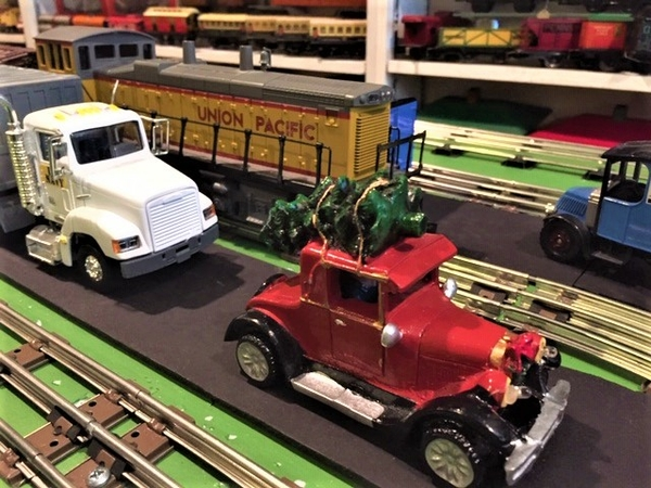 Ford with Tree on layout