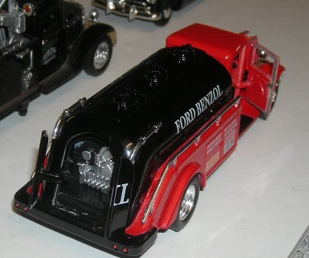 Tim's Toys Ford tanker