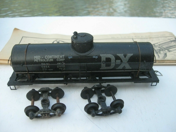 Globe DX tank