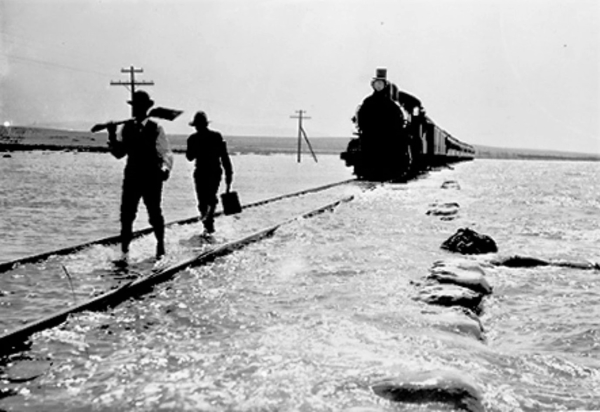 SP-train-1906-flood