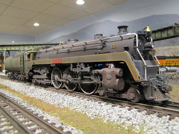 Weaver G1734LP Canadian National K5a Hudson w Vandy Tender [Weathered) Sample Photo