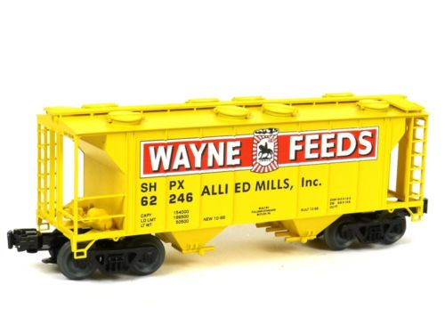 WAYNE FEEDS YELLOW PS-2 COVERED HOPPER