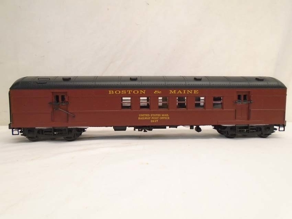 Weaver G22406LD Boston & Maine # 3117 Mail Car - Actual Photo2