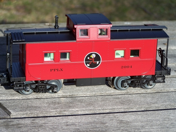 Weaver PP&L Northeastern Caboose with Reddy Kilowatt [Custom Run) - PHOTO2