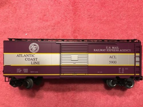 Weaver ACL # 5900 [Purple-Silver) Express Box Car, C8 - Actual Photo2
