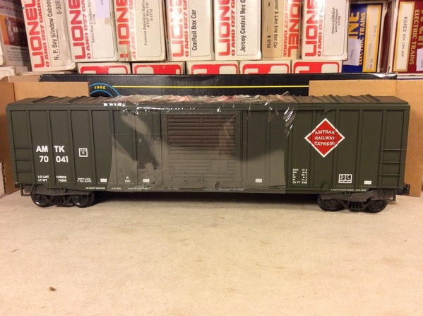 Weaver Amtrak Railway Express # 70041 50' [Olive) Boxcar with D-C T & C, C7 - Actual Photo5