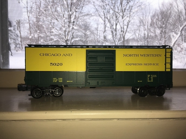 Weaver EBC56D C&NW # 5020 PS-1 40' Express Boxcar - Actual Photo2