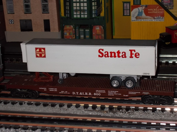 Weaver flat car DTI with K-Mart Santa Fe trailer