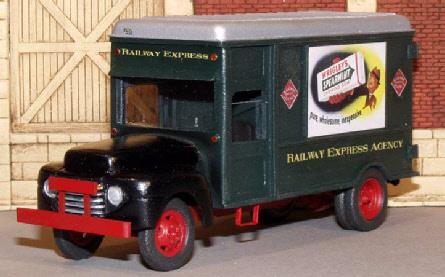 Scale Art Models REA truck