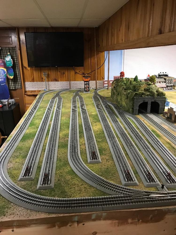 Mth Realtrax 4x8 Layout Build Progress O Gauge