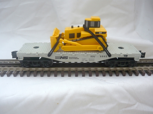 NS 027 flat car with tractor