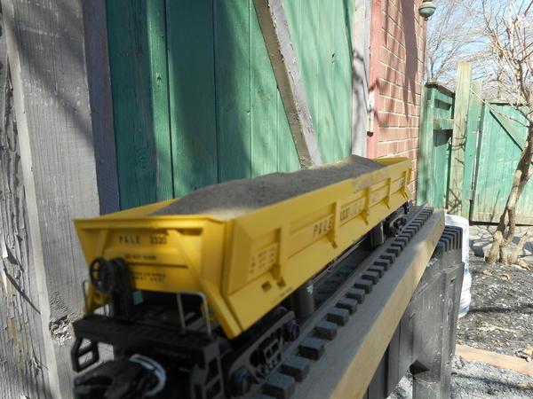 MTH Side Dump Hopper 3 2019 005