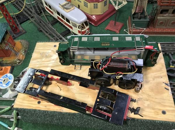 Zeuke electric loco disassembled