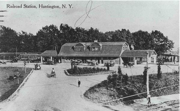 Huntington RR Car @ Huntington Train Station [2)
