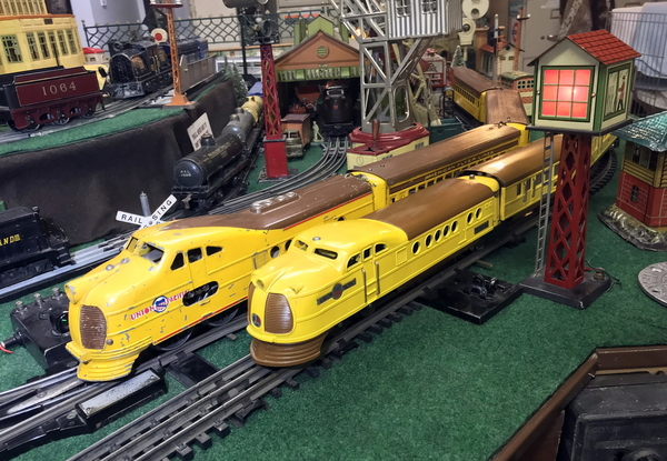 Flyer and Lionel UP streamliners