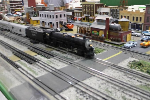 ATSF going over grade crossing on D2