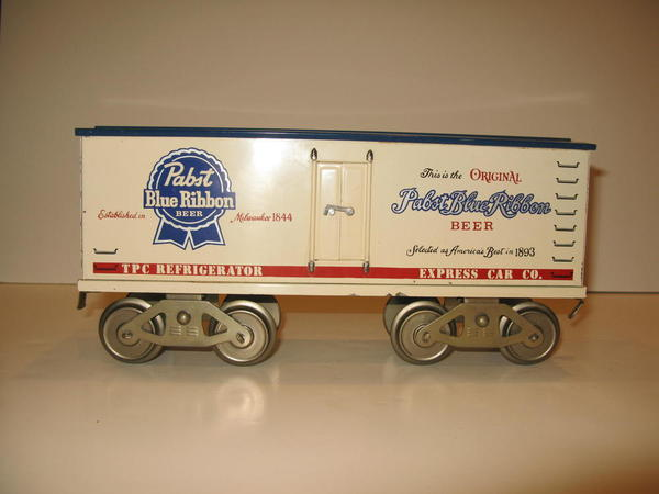 McCoy Milwaukee E2 and Beer Reefers 002