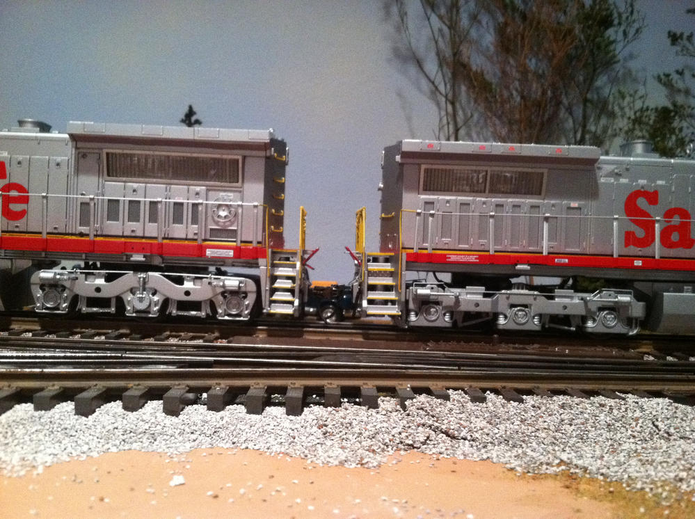 MTH Premier PS3 Dash 9 | O Gauge Railroading On Line Forum