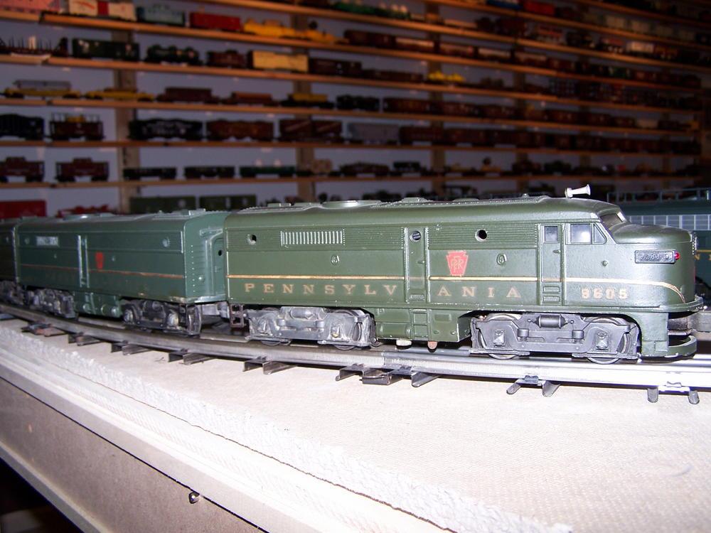 LIONEL TRAIN Metal NOSE SUPPORTS for Alco Dual Diesels Postwar O 027 Gauge Part